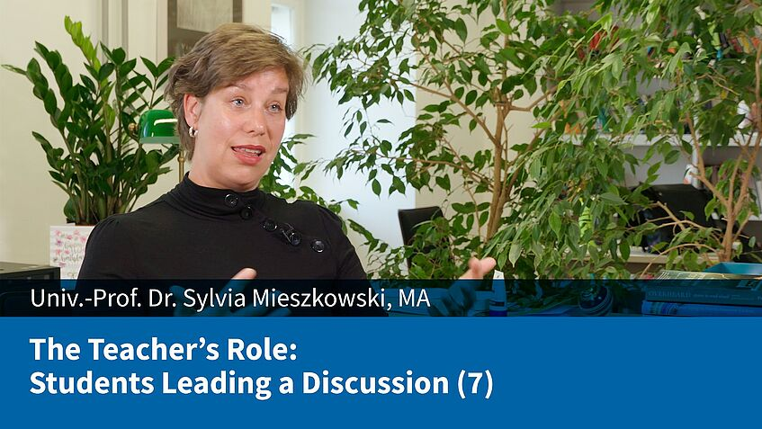 The Teacher's Role: Students Leading a Discussion (7) (Sylvia Mieszkowski)